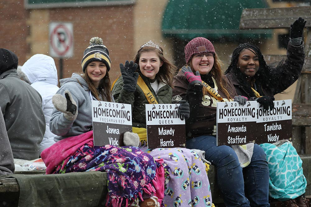 Homecoming 2020 at SMSU Features Theme  'Mustangs Come Together — Six Feet Apart'